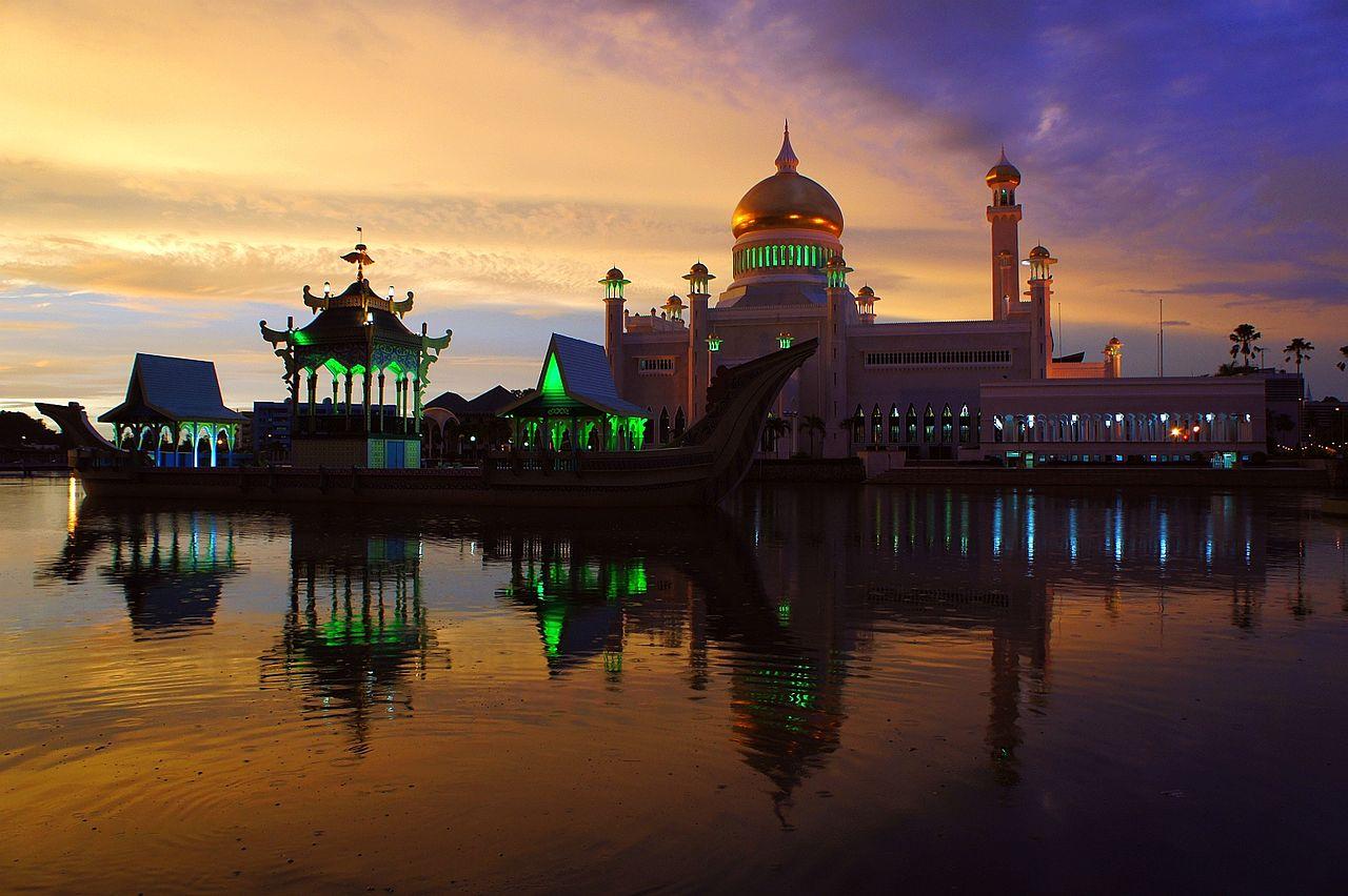 ASEANの金持ち国家ブルネイはどんな国?